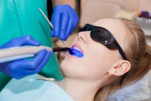 A Comparison Between Laser And Traditional Dentistry
